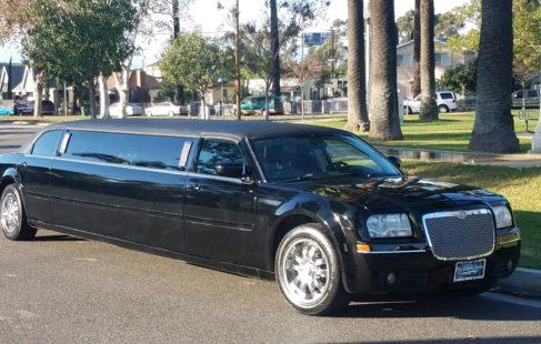 1292 Chrysler 2007 Blk 140 Limo