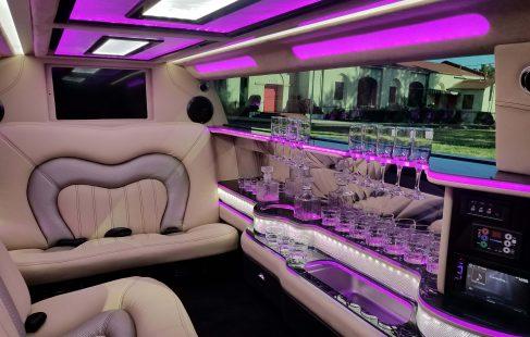 140-inch lincoln continental limousine interior