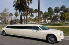 2010 white 140-inch chrysler 300 limousine for sale 1232
