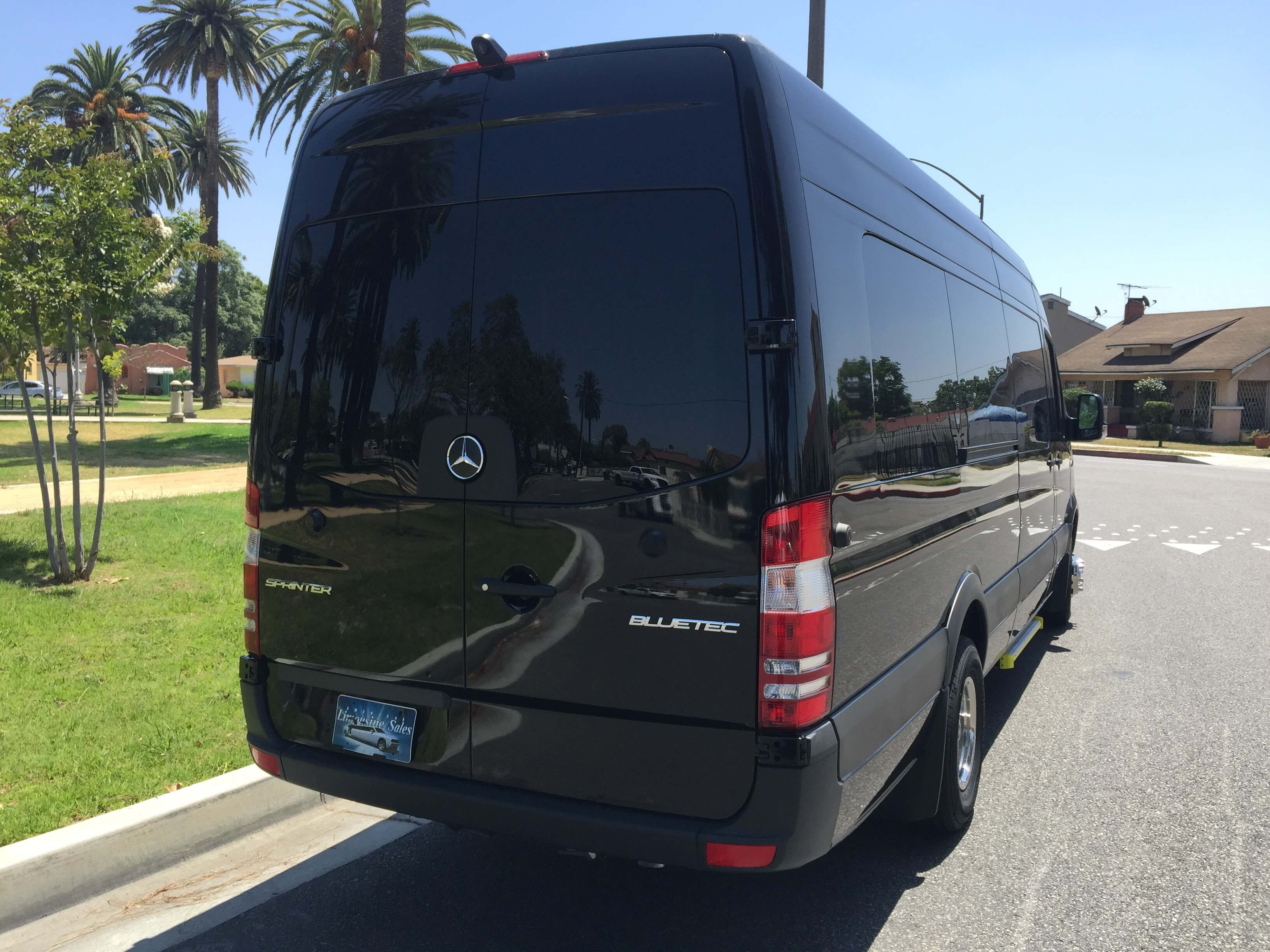 Black mercedes benz 3500 sprinter limo van for sale 1479 for Mercedes benz van