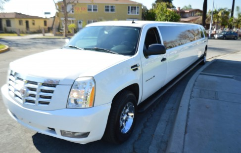 left side chevy suburban limo