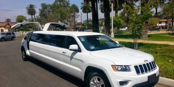 140-inch jeep grand cherokee limo