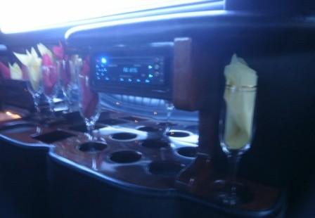 bar lincoln town car limo