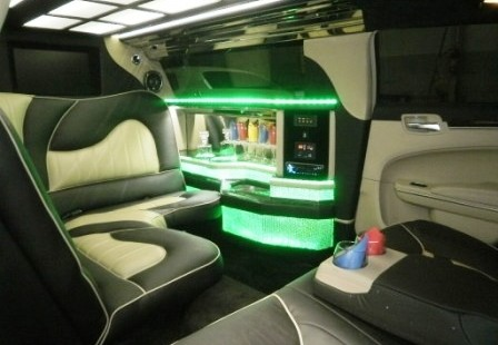 bar view chrysler limo
