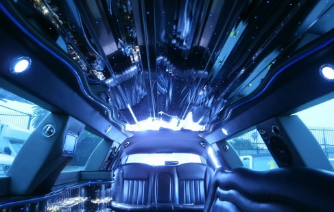inside ceiling lincoln town car limo