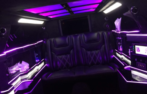 left right bar 70-inch chrysler limo