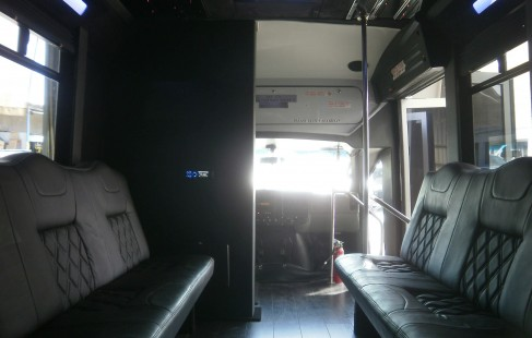 looking front chevy g3500 party bus