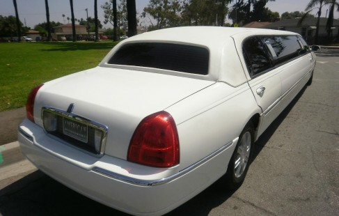 right rear lincoln limo
