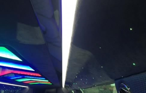 2015 black 140-inch chrysler 300 limousine ceiling close-up