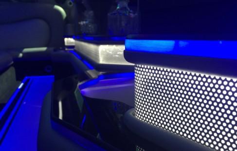 2015 black 140-inch chrysler 300 limousine close-up bar