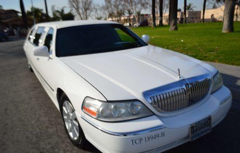 lincoln town car limousine white 70-inch #673