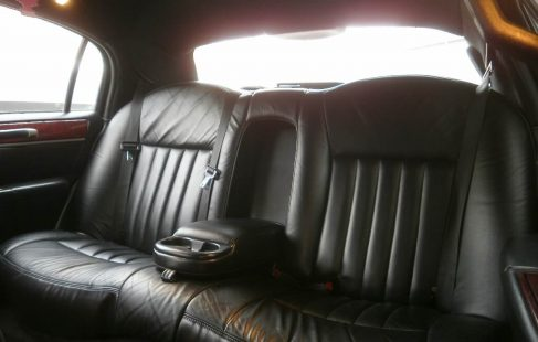 lincoln town car limousine white 70-inch rear bench seating
