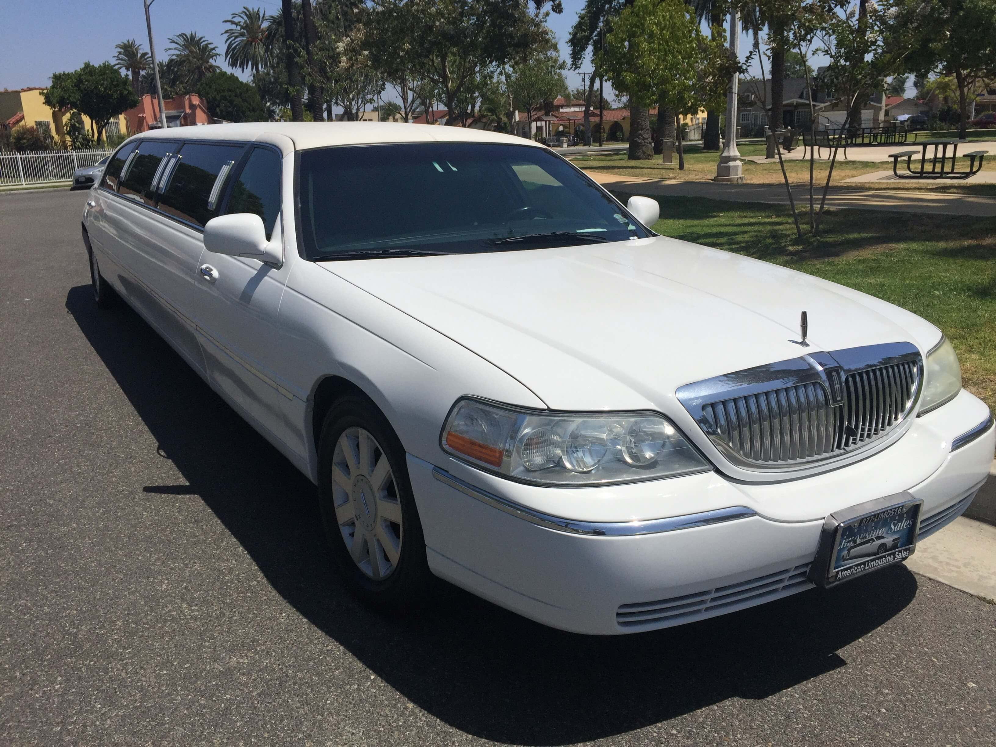 Limo For Sale >> Limousine Inventory New And Used Limos