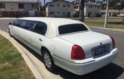 2004 white 120-inch lincoln towncar limousine for sale left rear