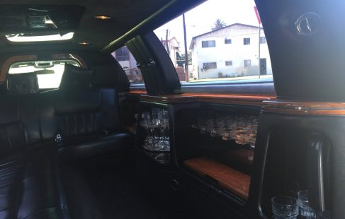 white 120-inch lincoln towncar limousine for sale right side bar