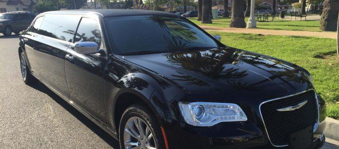 black 70-inch chrysler 300 limousine #672