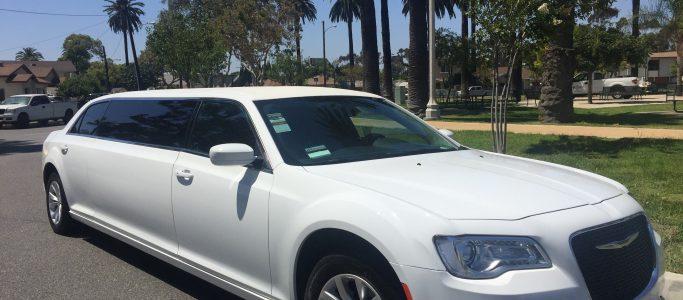 white 70-inch chrysler 300 limousine for sale #6228