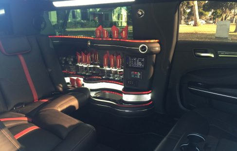 70-inch chrysler 300 limousine #672 interior