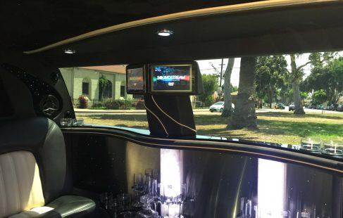 2007 black 100-inch cadillac escalade esv limousine