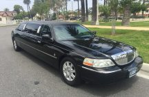 2007 black 72-inch lincoln town car limousine for sale 7235