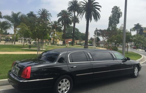 black 72-inch lincoln town car limousine for sale
