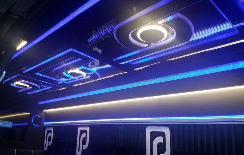 2016 black mercedes benz 3500 luxury sprinter interior ceiling view