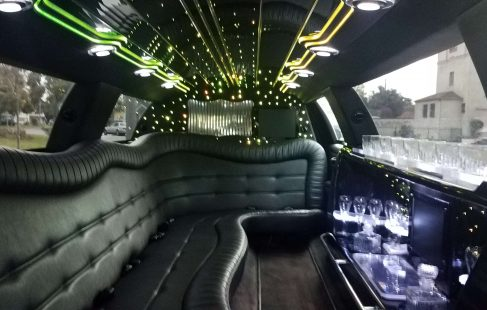 interior 120-inch 5th door lincoln town car limousine