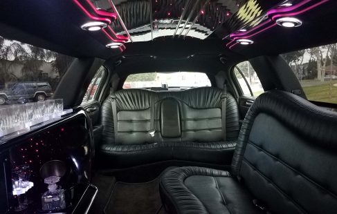 interior 120-inch 5th door lincoln town car limousine rear view