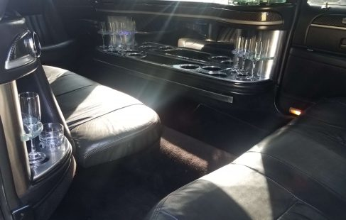 2008 black 120-inch lincoln town car limo inside left door