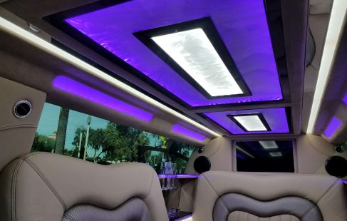 2017 black 140-inch lincoln continental ceiling
