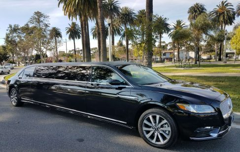 2017 black 140-inch lincoln continental limousine for sale 1014
