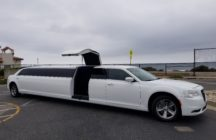 White Chrysler 300 Limo