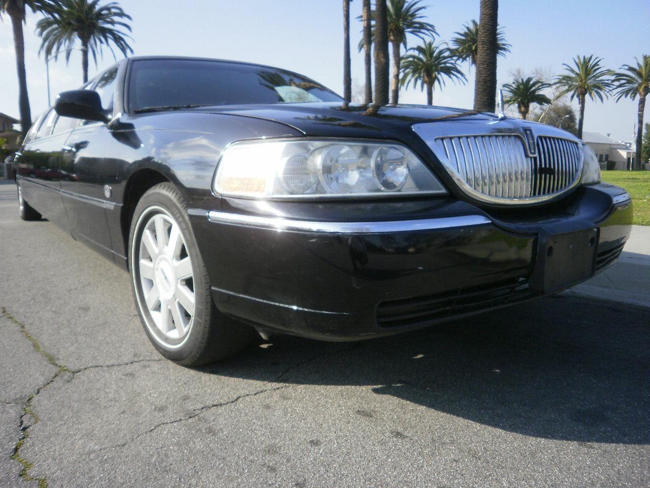 Lincoln Town Car #1099