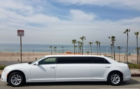 70-inch chrysler 300 limousine for sale 677