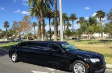 2015 Black 70-inch Chrysler 300 limousine for sale #633