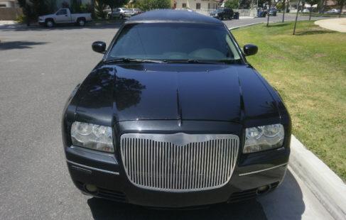 2006 black 140-inch Chrysler 300 limousine for sale